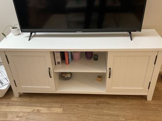 """58"""" TV stand for Sale in Seattle,  WA"""