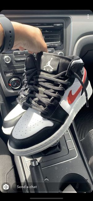 Size 5 1/2, NEED GONE ASAP, make offer, Jordan 1 for Sale in Clearwater, FL