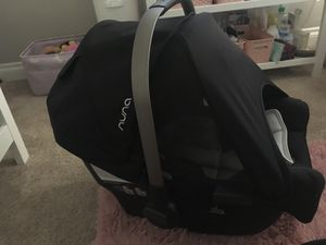 Nuna Pipa Car seat w/o base for Sale in Escondido, CA