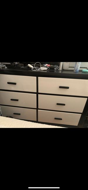 Dresser-Great condition for Sale in Fremont, CA