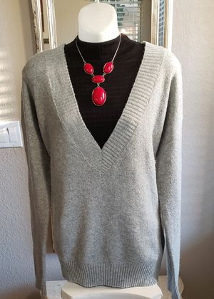 Women's V-Neck sweater size Large. for Sale in Fontana, CA