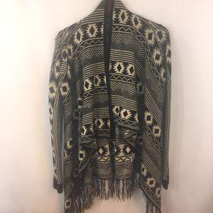 Almost Famous Sweater L Fringe Tribal Aztec for Sale in Longmeadow, MA