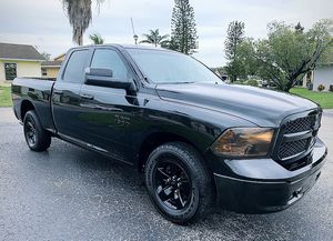 Dodge RAM1500 for Sale in Miami, FL