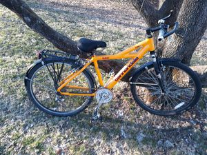 "Mens 17"" Frame 21 Speed F300 Cannondale Bike for Sale in Westminster, MD"