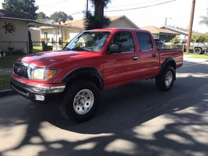 02 Toyota Tacoma for Sale in Los Angeles, CA