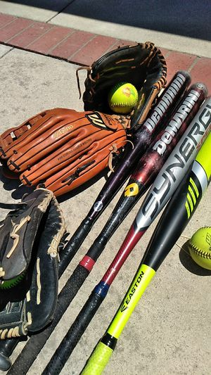 Softball Gloves and Softball Bats for Sale in Thousand Oaks, CA