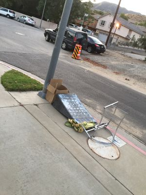 Free stuff for Sale in Sylmar, CA