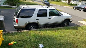 2000 chevy blazer for Sale in Prospect, CT