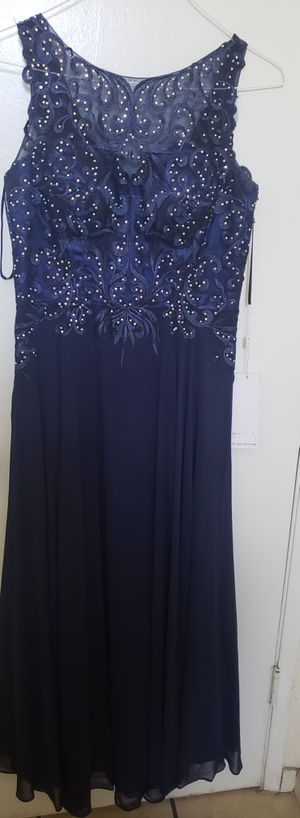 Beutiful Large Navy Blue Dress for Sale in Los Angeles, CA