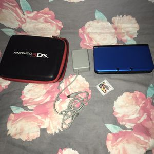 Nintendo 3ds xl with game and case for Sale in Overland, MO