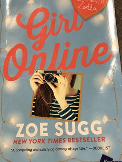 Gently Used Paperback Book : Girl Online by Zoe Sugg for Sale in Pinellas Park,  FL