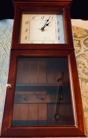 Elegant wall wood clock w keys box H21xW10xD4inch for Sale in Chandler, AZ