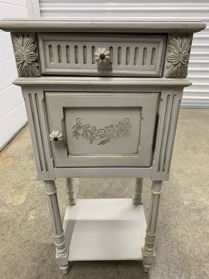 Antique night table or side table for Sale in Springfield, VA