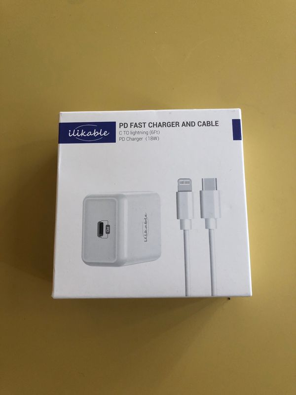 Apple iphone ipad and ipod FAST charger!!