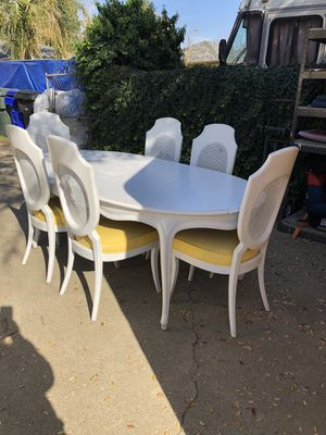 7 Piece Dining Set W/ Two Leafs! for Sale in Rancho Cucamonga, CA