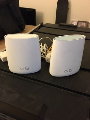 Orbi wifi and extender rbr20 for Sale in Mission Viejo, CA