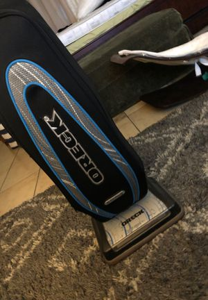 Upright oreck vacuum / aspire Dora for Sale in Los Angeles, CA