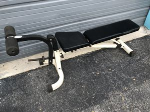 Adjustable weight bench gym for Sale in Miami, FL