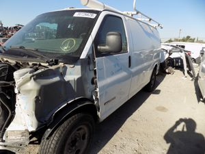 2006 GMC Savanna 2500 4.8L (PARTING OUT) for Sale in Fontana, CA