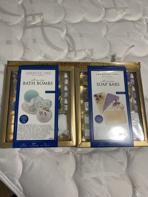 Brand New Bath Bomb/Soap Making Kit for Sale in Riverview, FL