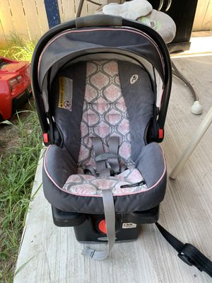 Car Seat for Sale in Pharr, TX