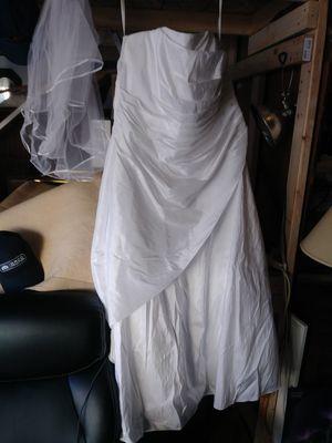 David's Bridal Wedding Dress 24W for Sale in University Place, WA