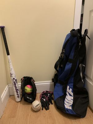 Fast pitch Softball bat, gloves, Nike bag, & more for Sale in Belle Vernon, PA