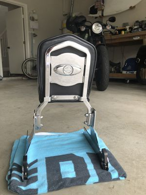 Harley Davidson quick attach Sissy Bar for Sale in Dana Point, CA