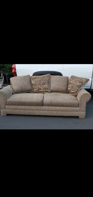 Couch Good condition 92 inches long for Sale in El Cajon, CA