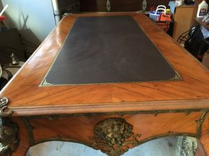 Louis xiv antique writing desk . for Sale in Santa Cruz, CA