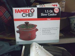 Slow cooker, food chopper, 3 in 1 crock pot, blender for Sale in Columbus, OH