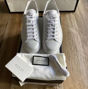 Gucci Ace sneakers (White) for Sale in Dallas, TX
