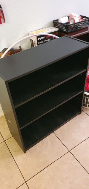 Small shelf bookcase for Sale in Goodyear, AZ