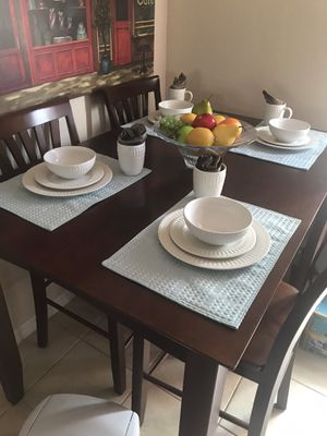 WOODEN KITCHEN TABLE for Sale in Davenport, FL