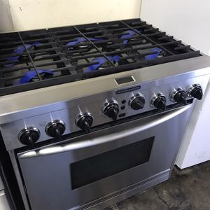 """Kitchen Aid 36"""" Range for Sale in Fontana, CA"""
