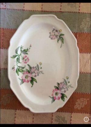 Vintage Spring Serving Plate for Sale in Milnesville, PA