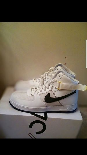 Nike Air Force 1 '07 LV8 1 white purple size 14 for Sale in San Leandro, CA