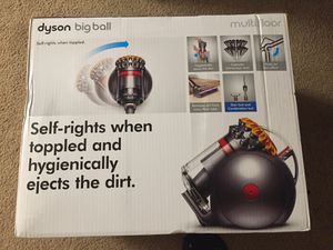 New Dyson Big Ball Canister Vacuum Cleaner for Sale in Tacoma, WA