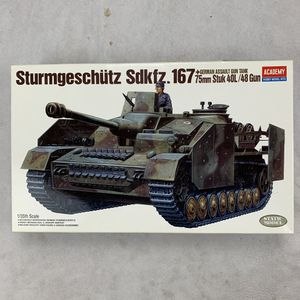 Academy 1:35 Scale Sturmgeschutz Sdkfz.167 German Assault Gun Tank Mode Kit for Sale for sale  Garden Grove, CA