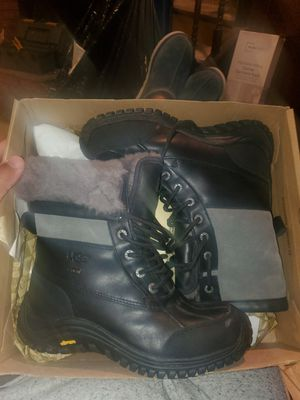 Women's ugg boots sz 7 for Sale in The Bronx, NY