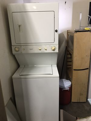 Frigidaire stackable washer and Gas Dryer for Sale in Torrance, CA