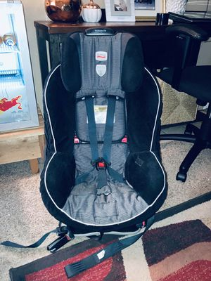 BRITAX BOULEVARD 70 - 65 POUNDS 3 IN 1 CONVERTIBLE -5 TO 65 POUNDS MULTY SIZE GROW for Sale in Dallas, TX