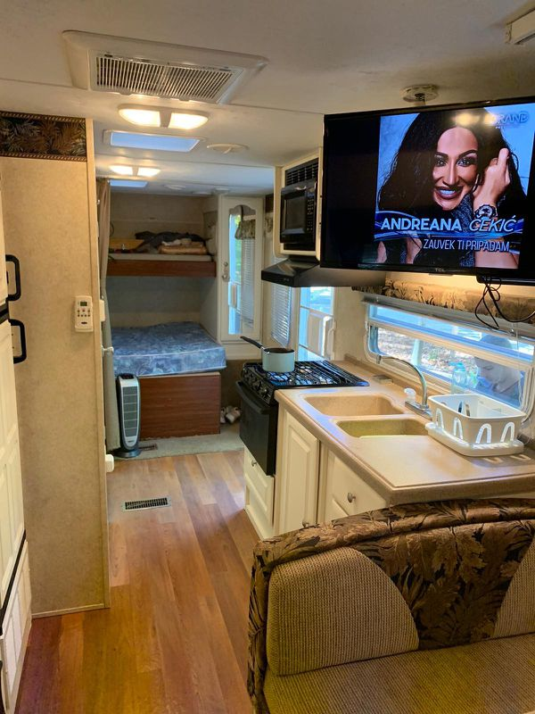 Keystone outback 23rs camper trailer