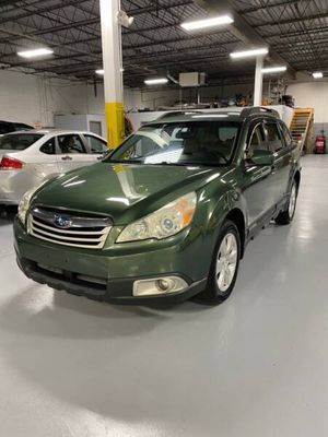 2010 Subaru Outback for Sale in Brook Park, OH