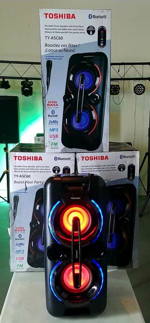 Brand New Toshiba bluetooth speaker. Changing Lights, FM radio, USB and AUX connnection, microphone included, great sound! Nuevos en caja Nation Wide for Sale in Miami, FL