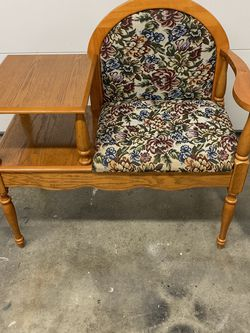 Solid Wood Gossip Telephone Table for Sale in Tacoma,  WA