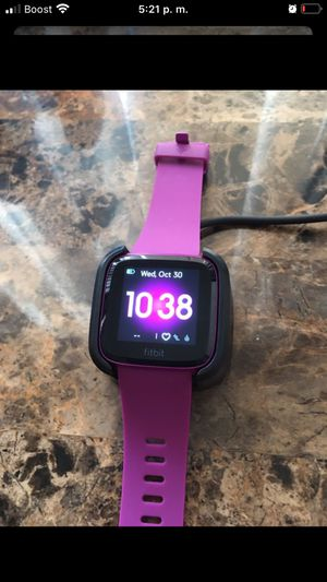 Fitbit versa for Sale in Los Angeles, CA