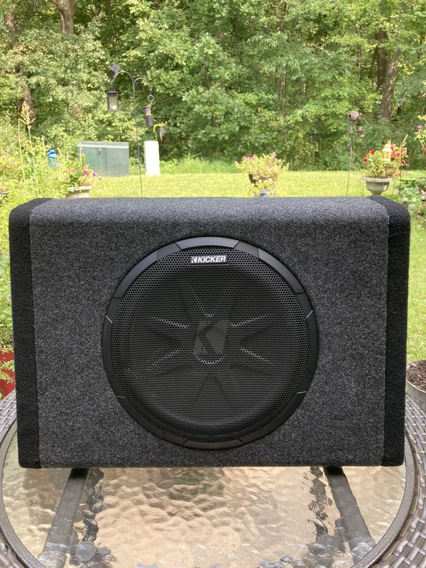 Kicker Subwoofer with built in amplifier