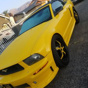 06 Ford mustang!!! Wow... for Sale in Oxnard, CA