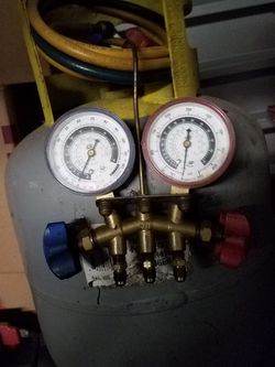 Freon Recovery Tank w/Gauges And Hoses for Sale in Beaverton,  OR